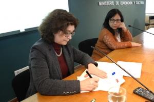 Rosa Ángelo y María José Bagnato durante la firma del convenio