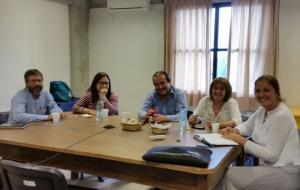 Decana de Facultad de Psicología visita por primera vez el CURE
