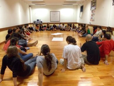 """Actividad """"Taller: Payasos y Salud"""", abril 2013"""