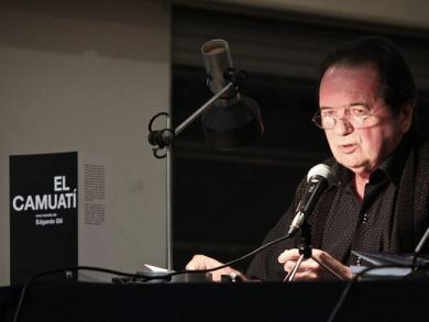 Escritor Edgardo Gili, presentación Libro EL Camuatí, agosto 2012